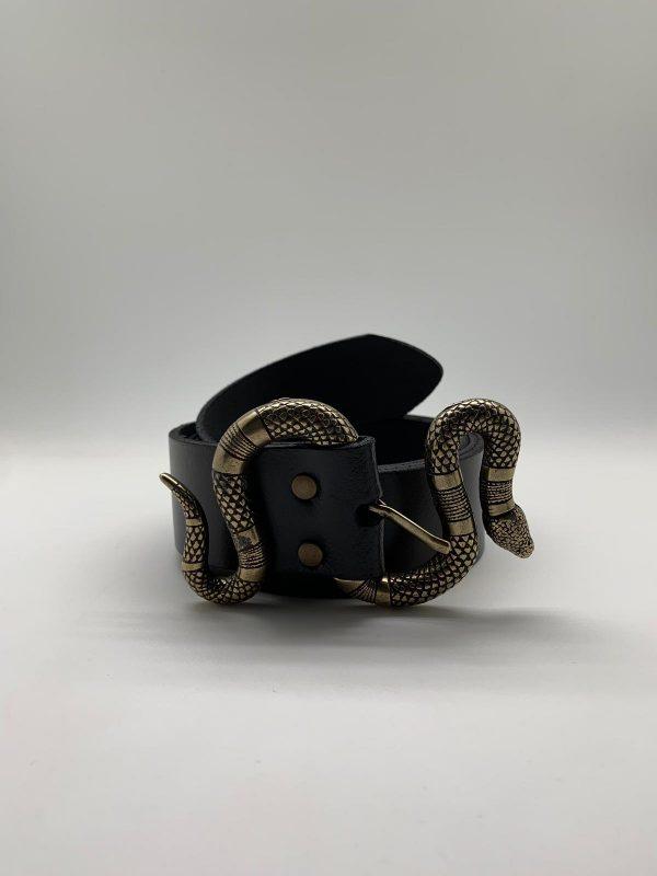 Cinturón de serpiente en negro